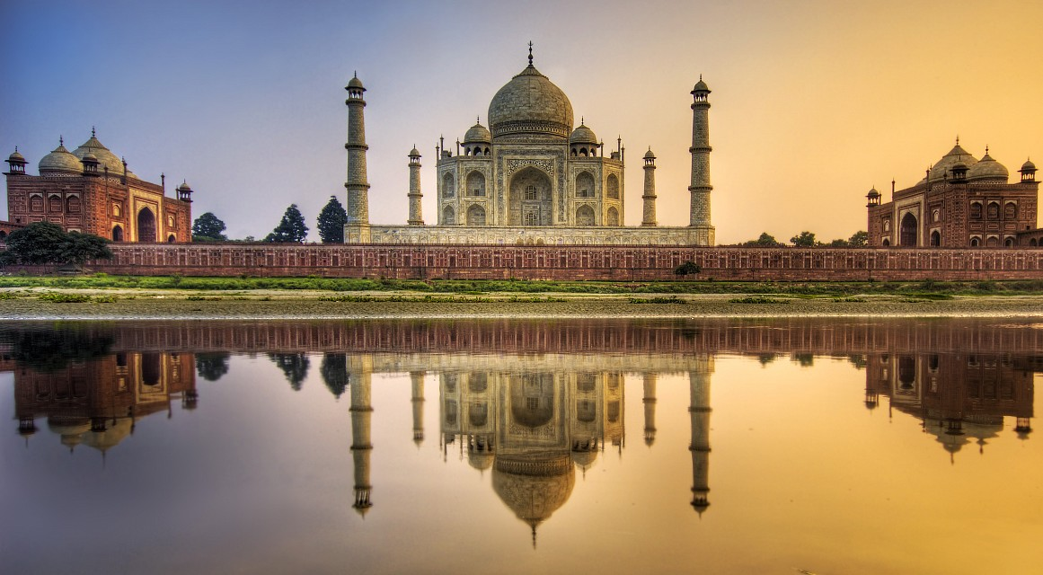 Sunset - The Taj Mahal -