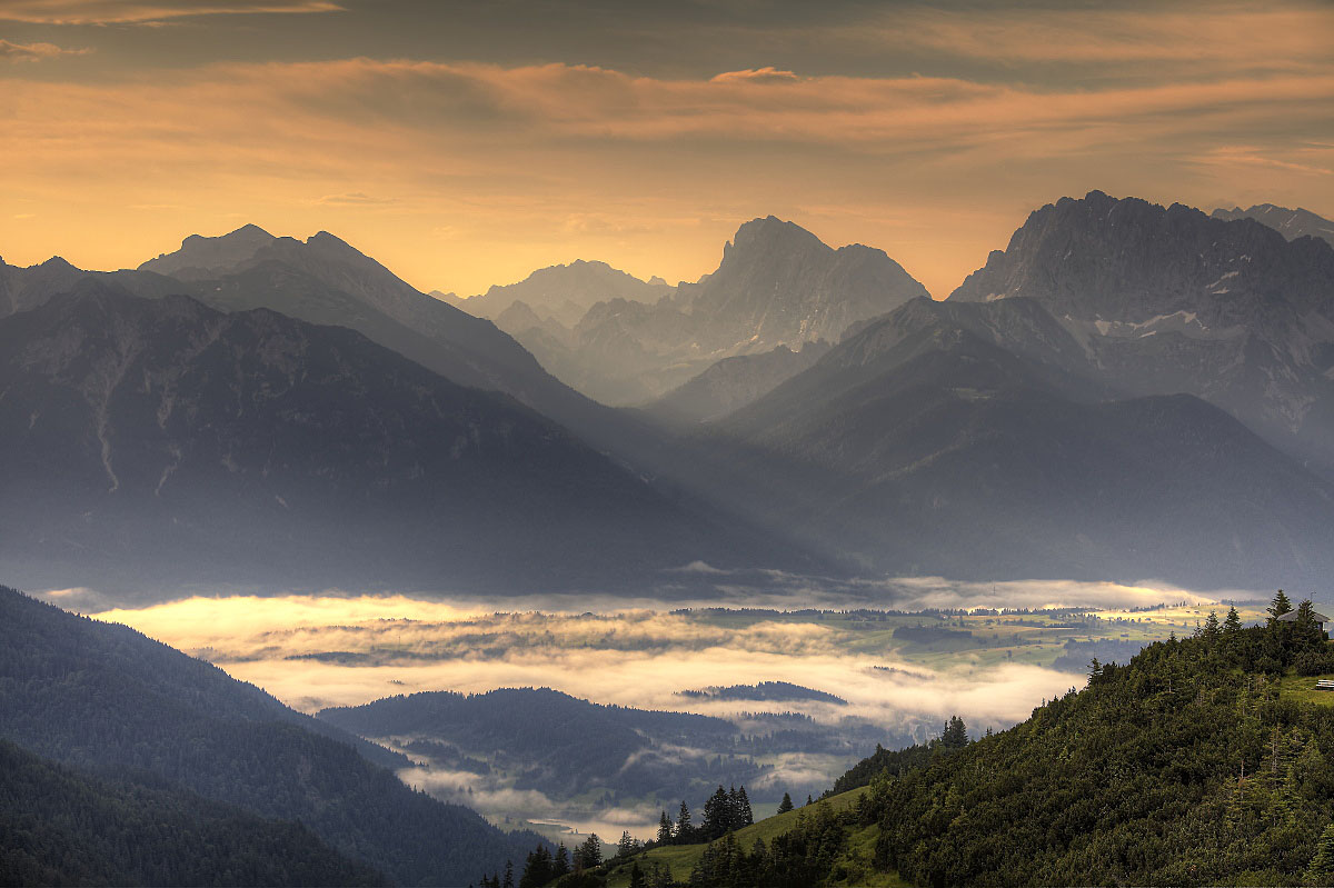 Alps - Mountain Range in Europe - Thousand Wonders
