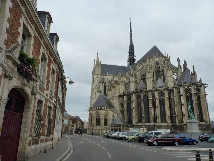 amiens cathedral from east - Amiens Cathedral