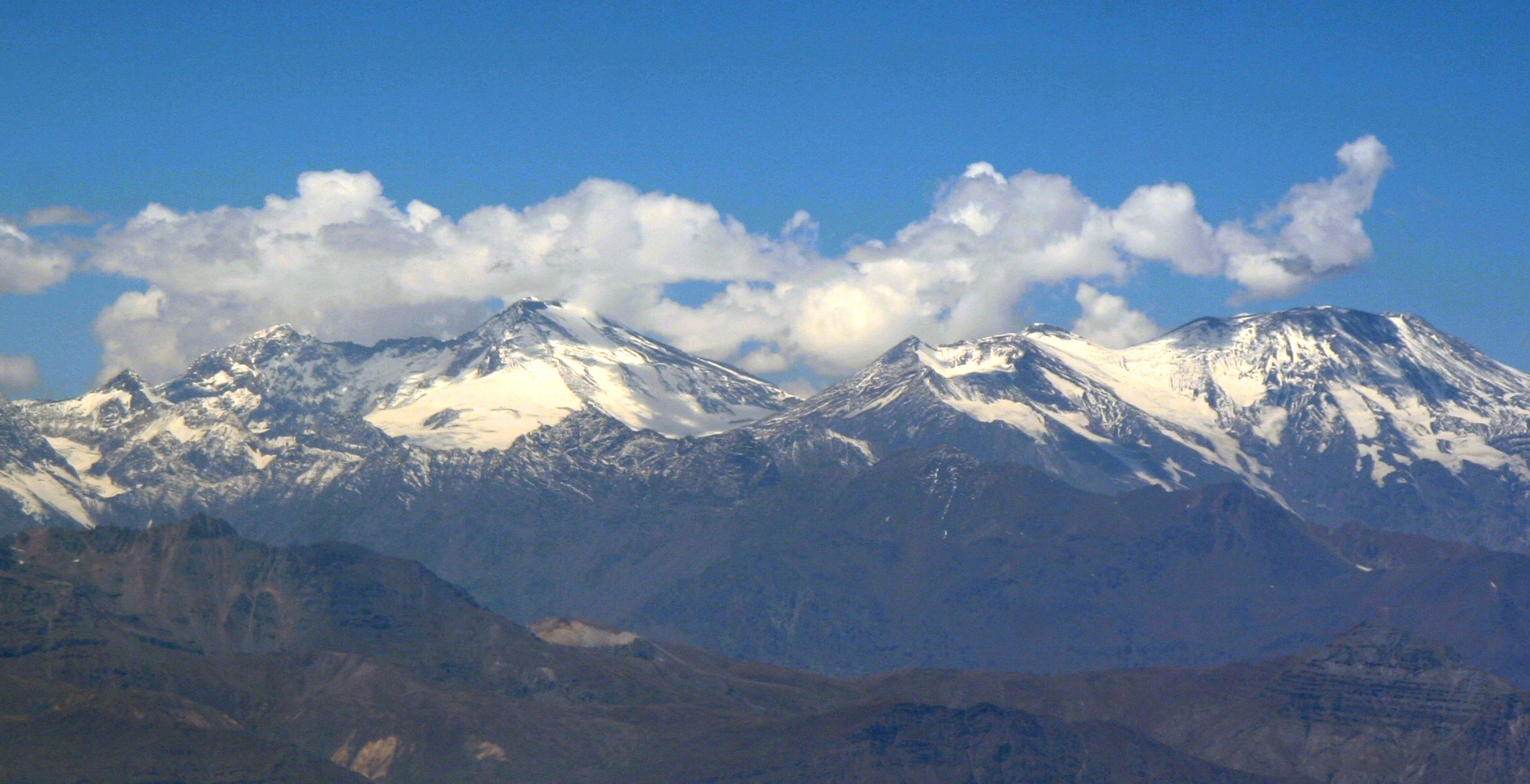 Andes - Mountain Range in South America - Thousand Wonders