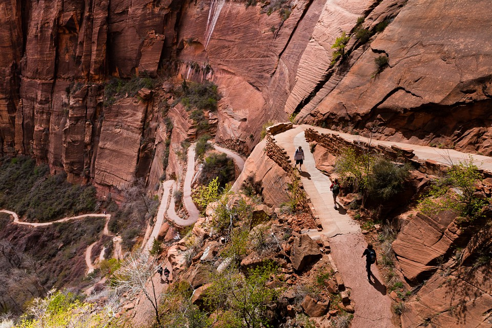 The long hello - Angels Landing of Zion