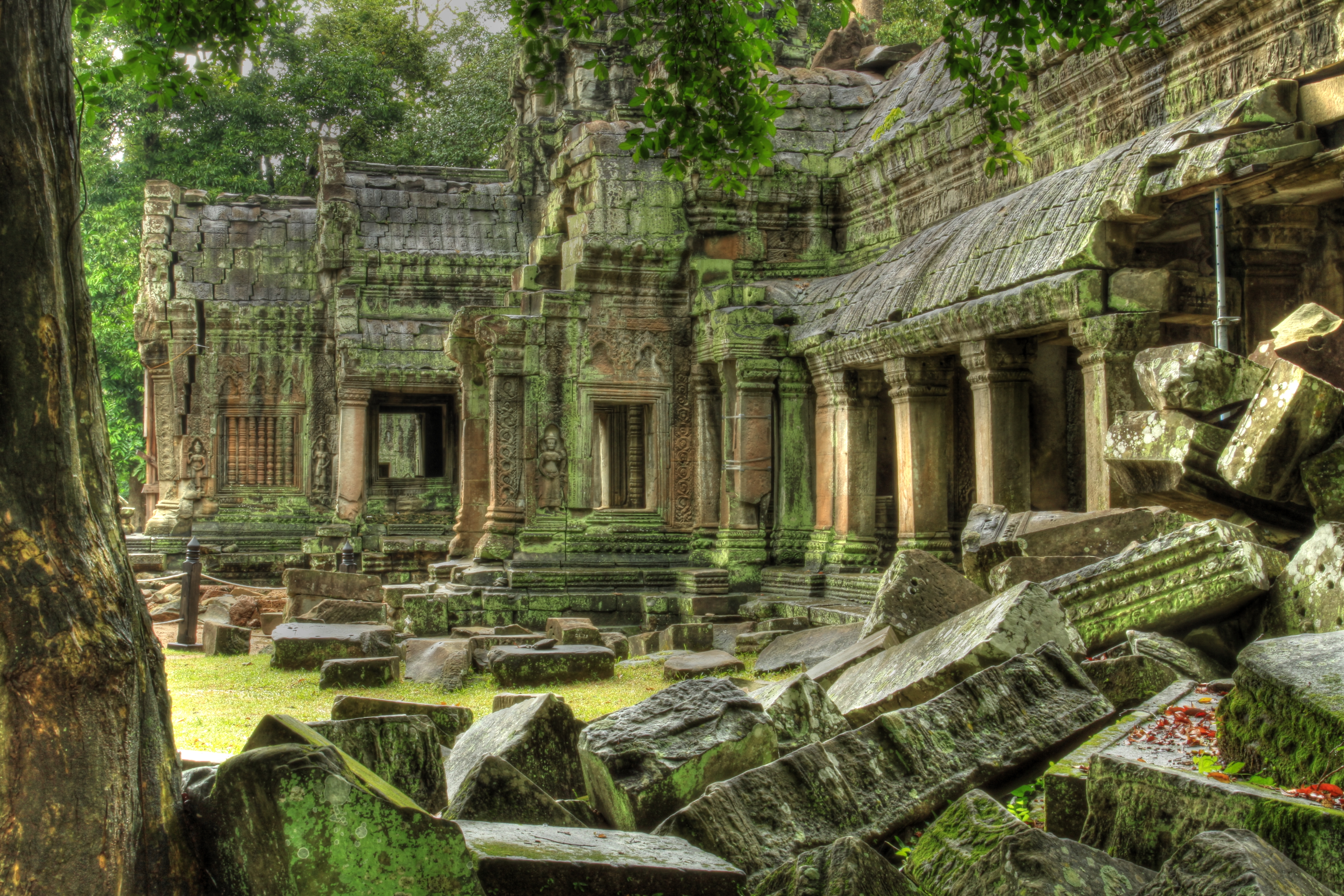 Angkor.Wat.original.2783 - Warcraft's cities and their real world equivalents