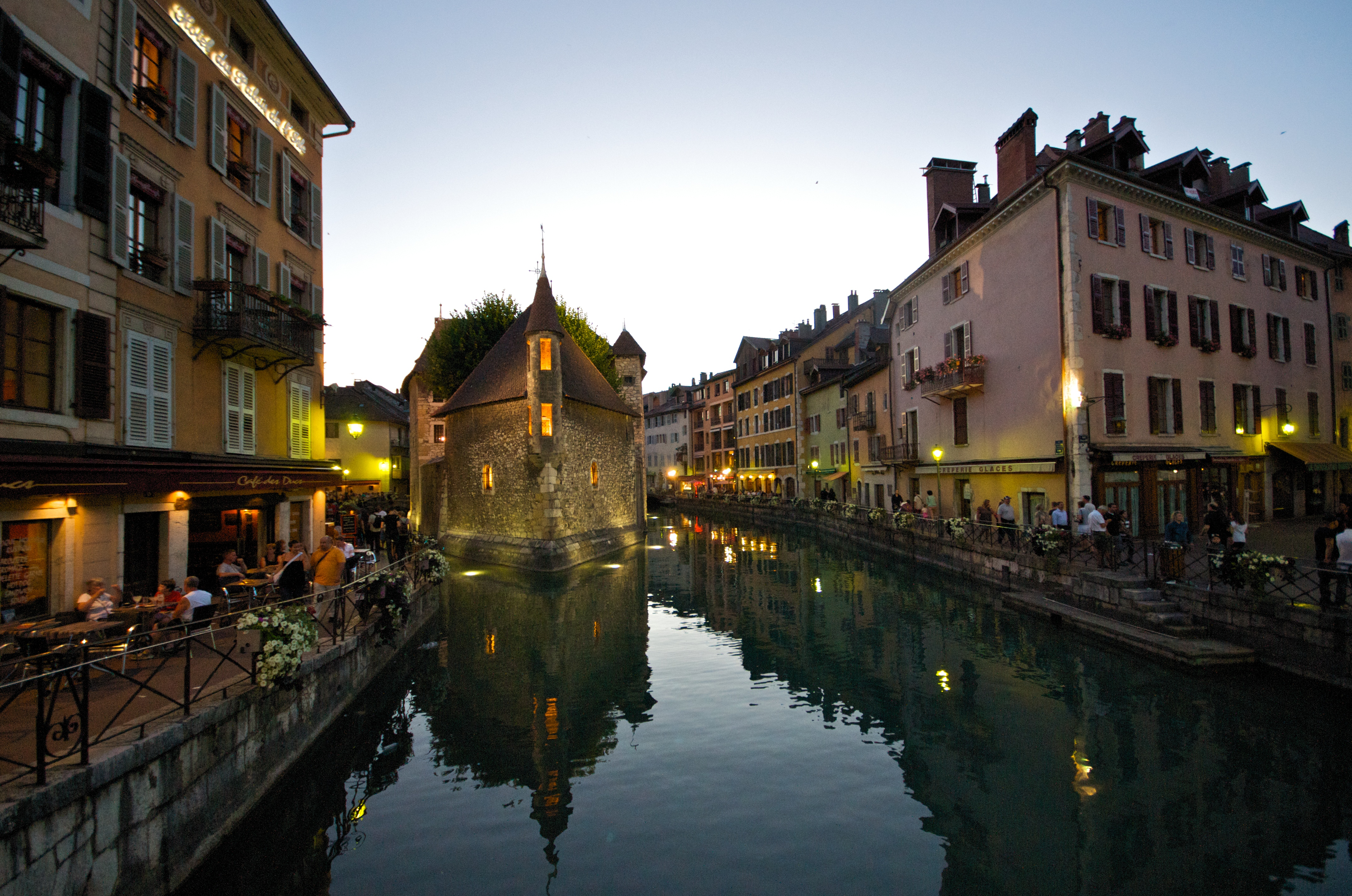 Annecy Town In France Thousand Wonders