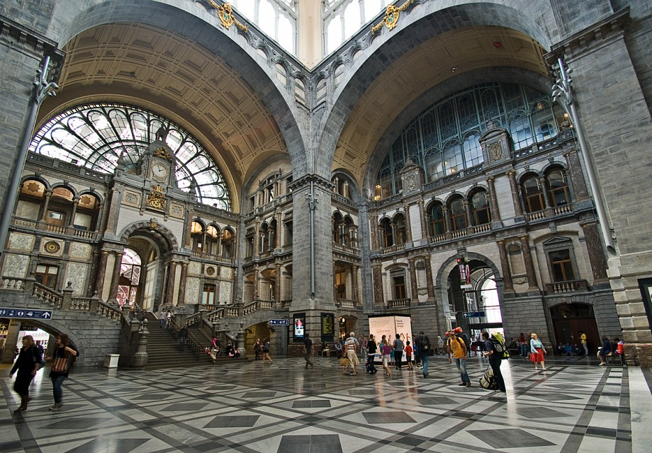 Amberes-Central - Antwerpen-Centraal railway station