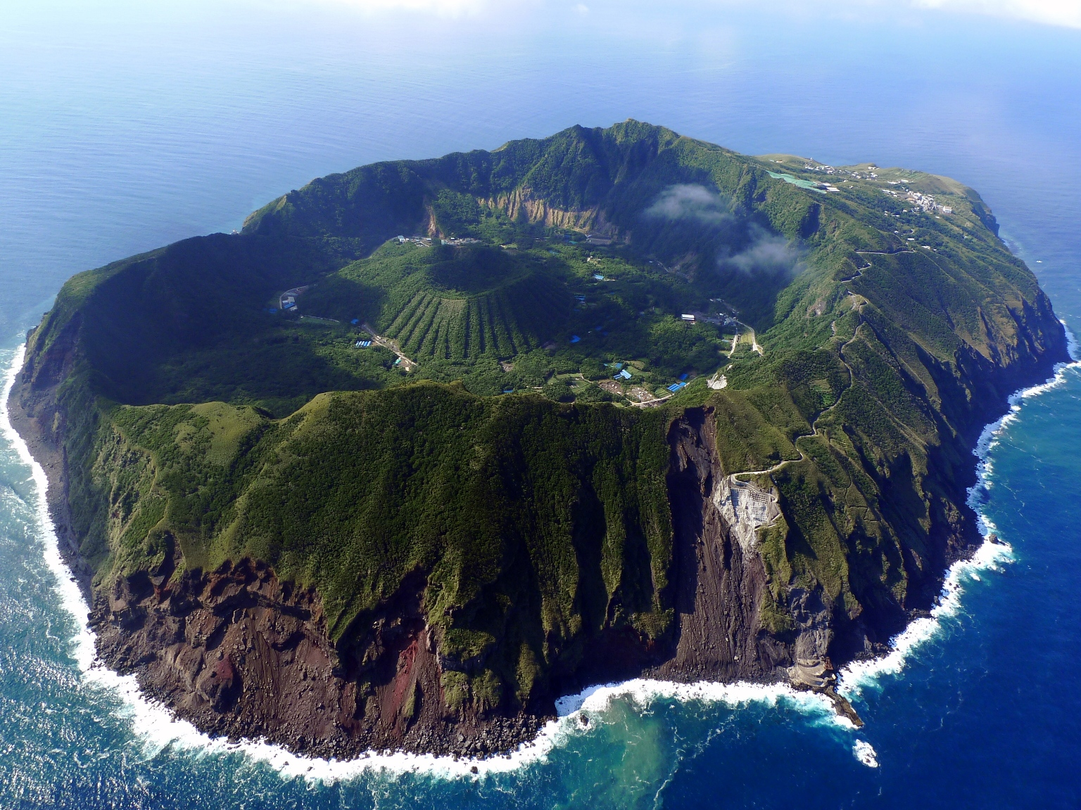 aogashima island  japan thousand wonders