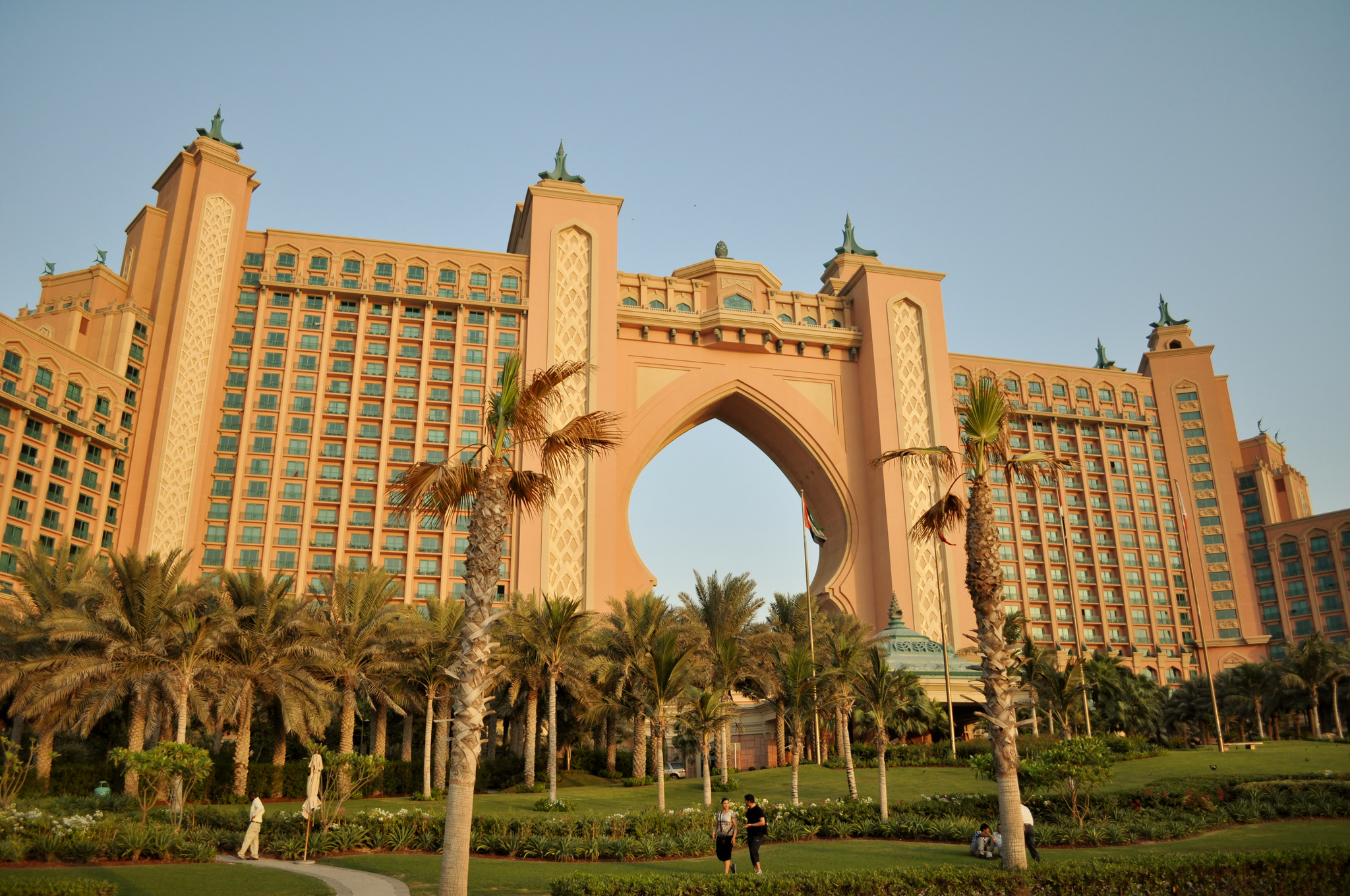 atlantis the palm hotel in dubai thousand wonders. Black Bedroom Furniture Sets. Home Design Ideas