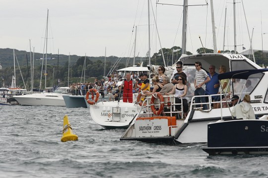 Start of Sydney Hobart Race 2010 -