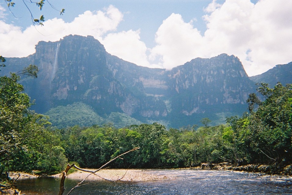 Angel Falls Beach - Auyán-tepui