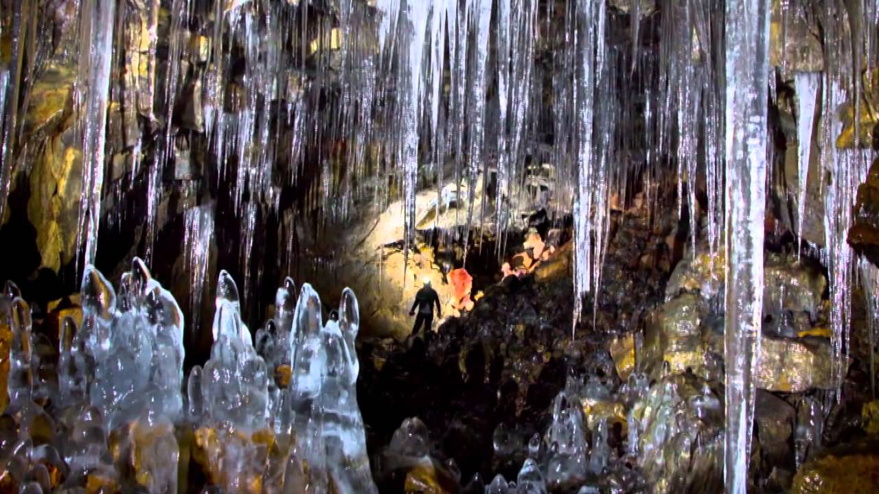 B 250 Ri Cave Cave In Iceland Thousand Wonders