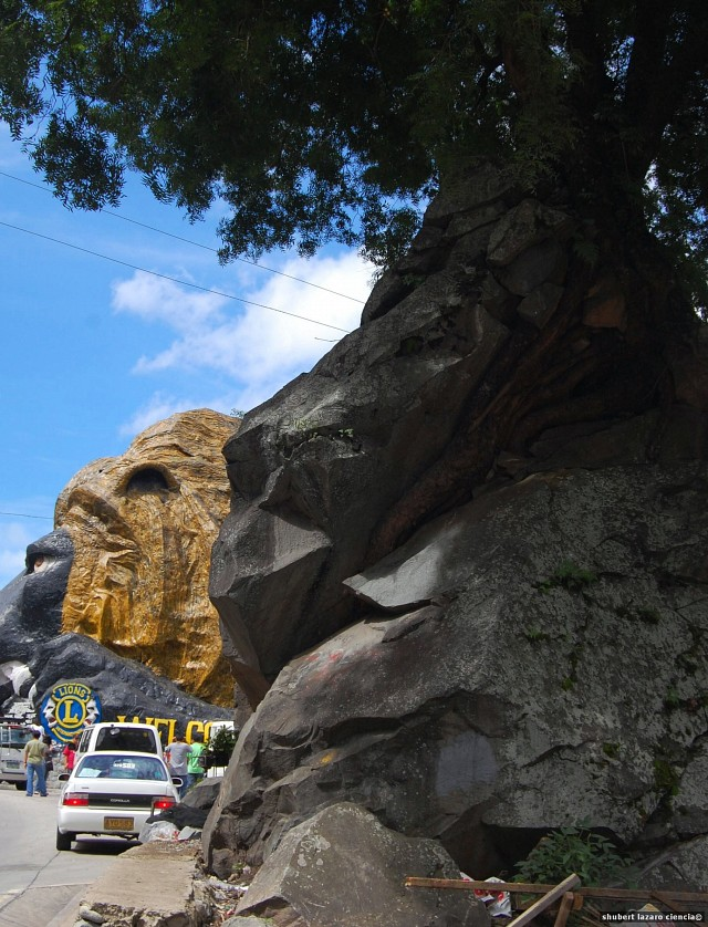 The Two Lion Heads at Kennon Road - Baguio