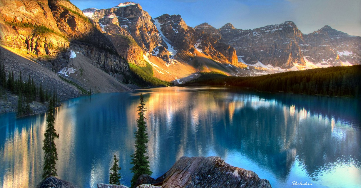 Moraine Lake sunset - Banff National