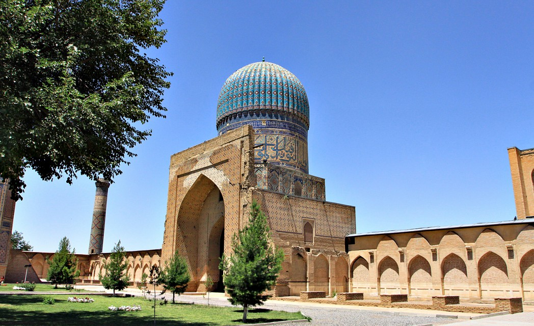 1221 - Interior of Bibi Khanym Mosque, Samarkand - Bibi-Khanym Mosque