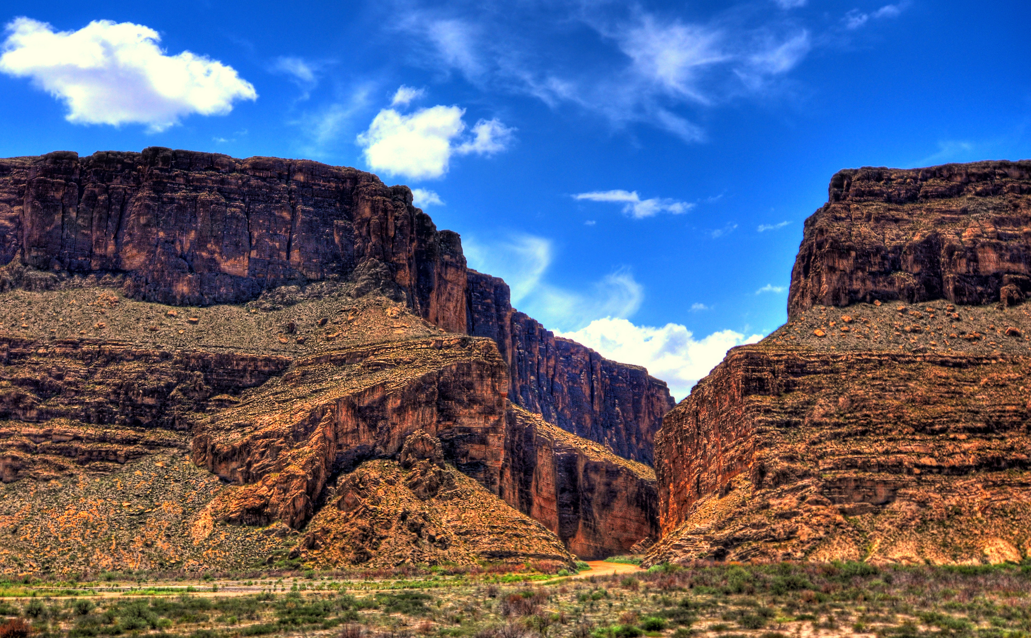 big bend From the rio grande to mile high mountains with over 800,000 acres of varied terrain, big bend national park is sometimes referred to as three parks in one -- an hour drive can bring.