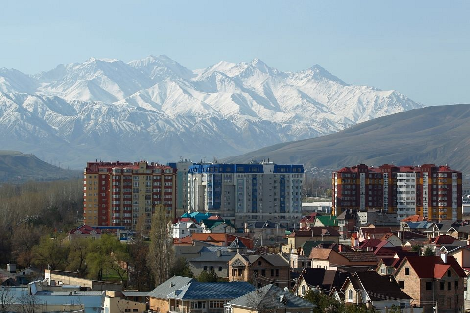 how to get to ala archa from bishkek