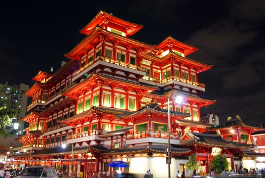 Buddha Tooth Relic Temple at night, Chinatown, Singapore - Buddha Tooth Relic Temple and Museum