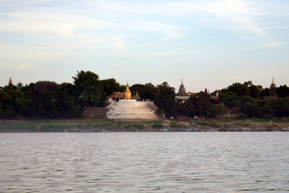 Bupaya Pagoda from the Irrawaddy River - Bupaya Pagoda