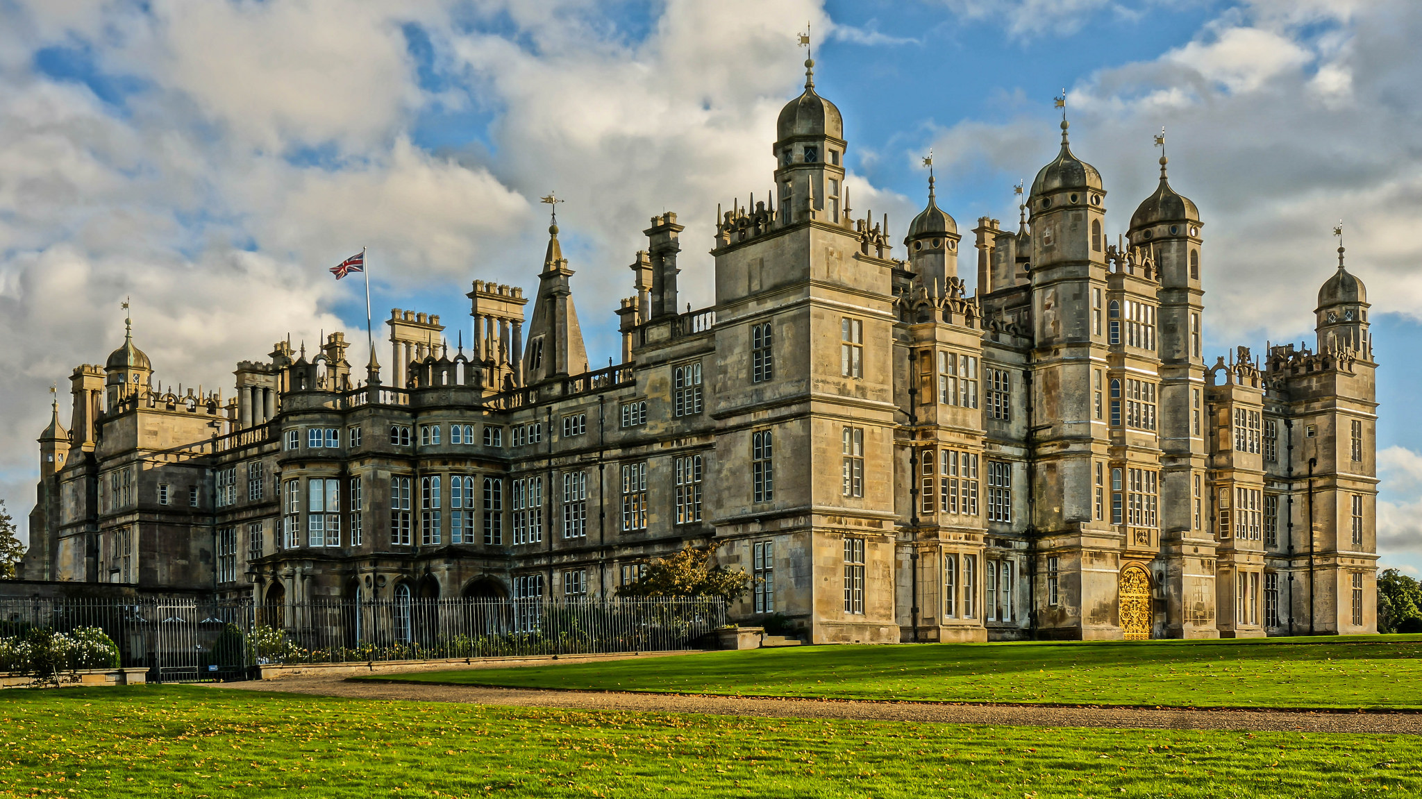 Burghley House Private Residence In England Thousand