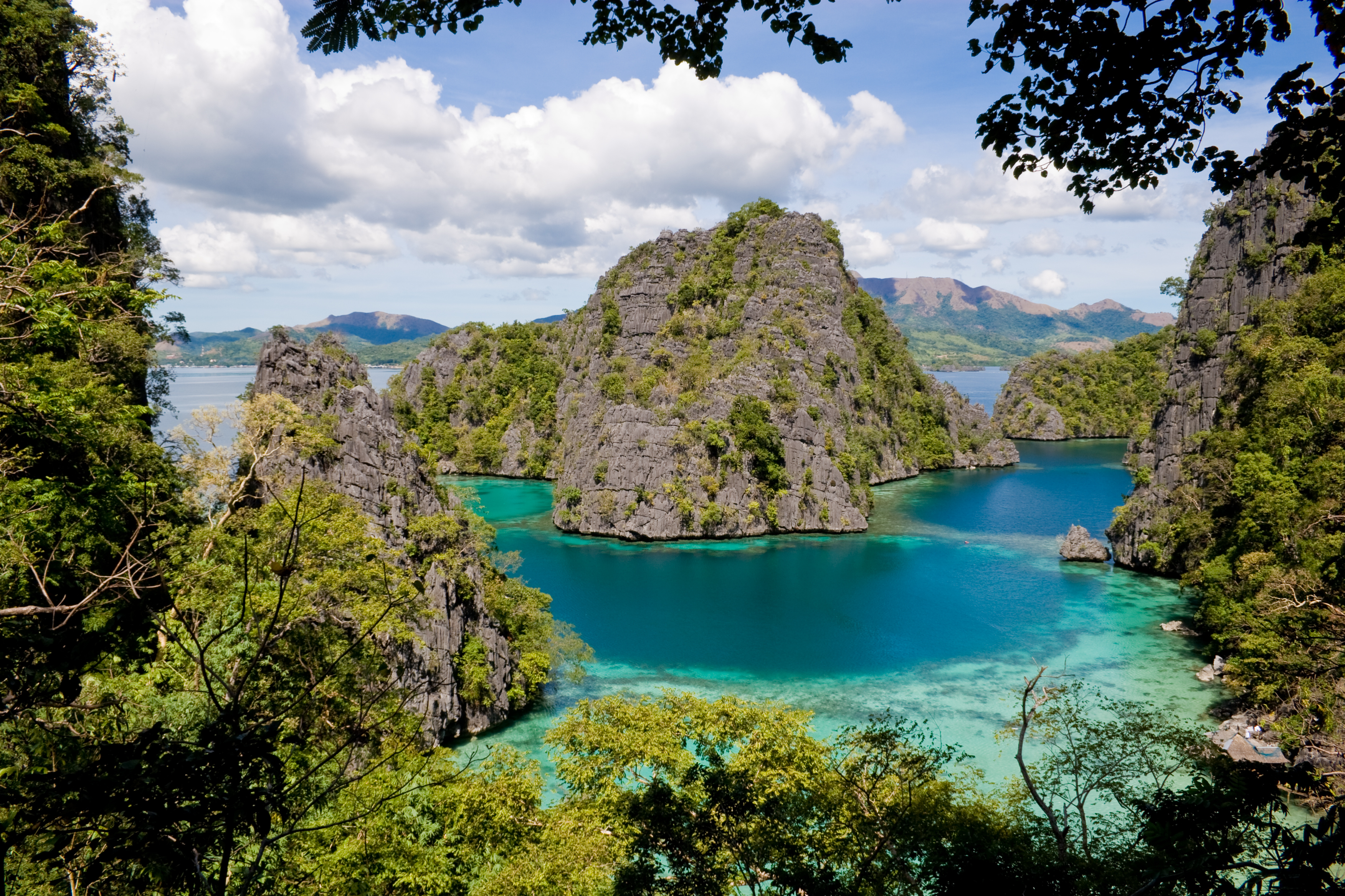 Philippines - in Asia - Thousand Wonders 10 Most Beautiful Places In The World Wallpaper