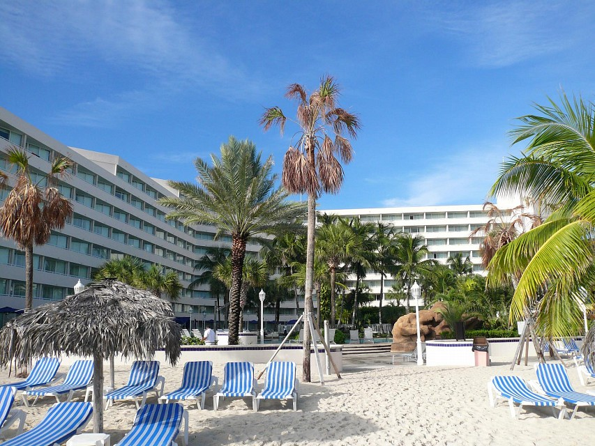 Main Hotel From Beach Cable Beach Sheraton Bahamas - Cable Beach