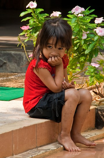 Little Khmer girl -