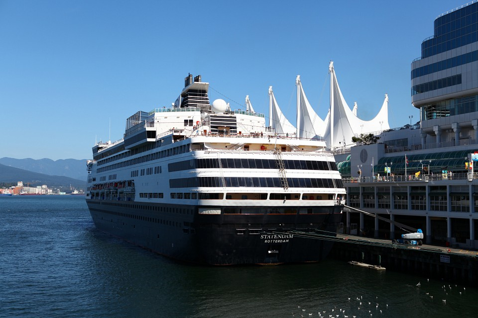 Statendam Ship @ Canada Place - Canada Place
