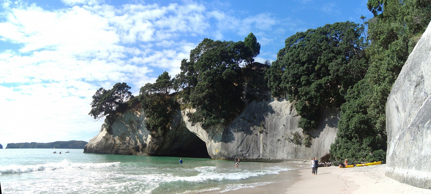 Panorama of Cathedral Cove - Seakayaking from Hahei, New Zealand - Cathedral Cove