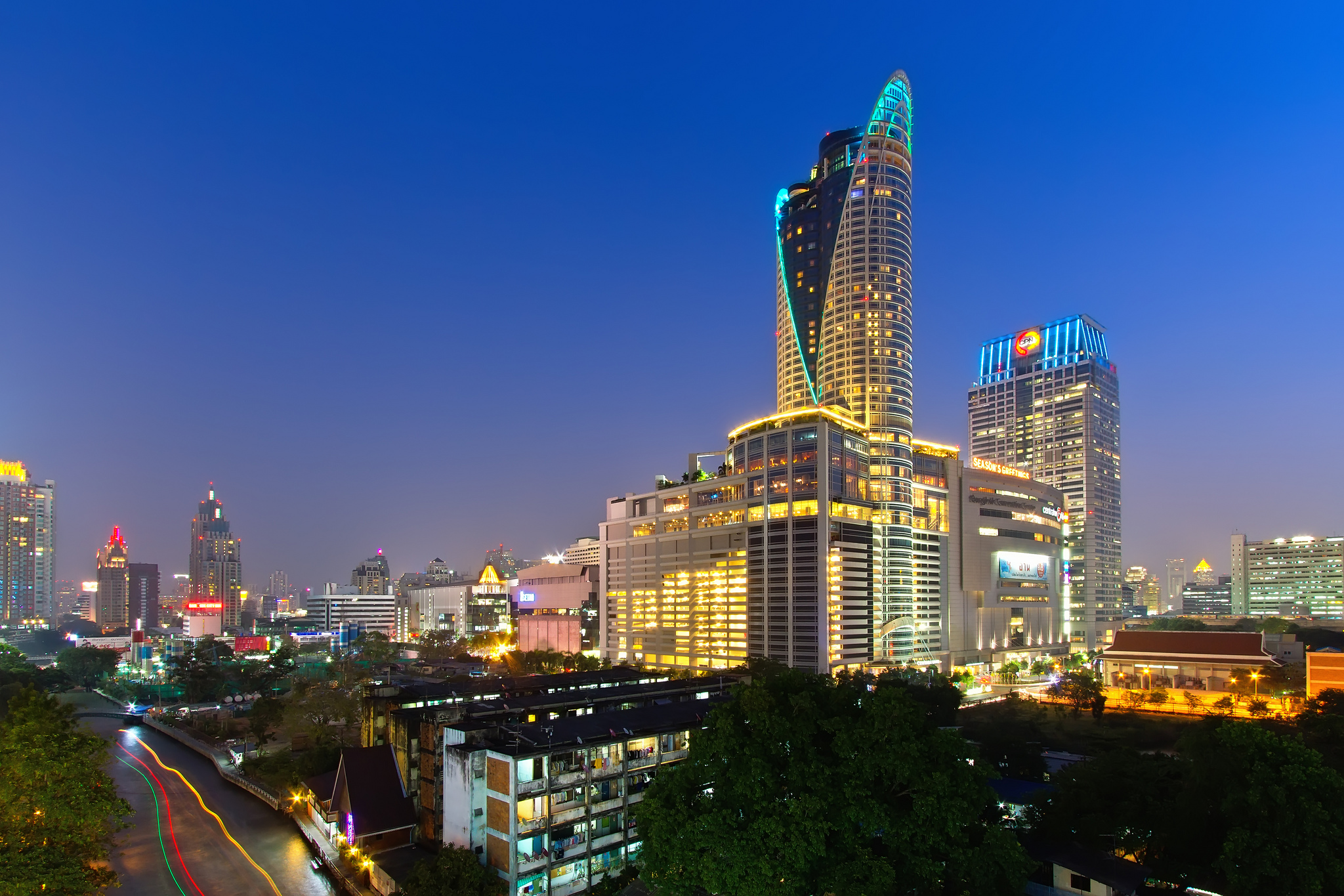 CentralWorld - Shopping Mall in Bangkok - Thousand Wonders