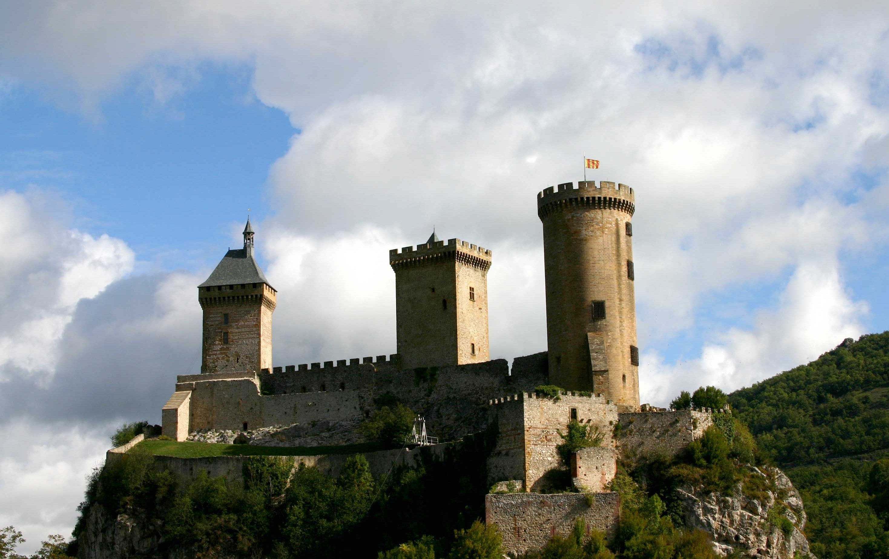 Château de Foix - Castle in France - Thousand Wonders