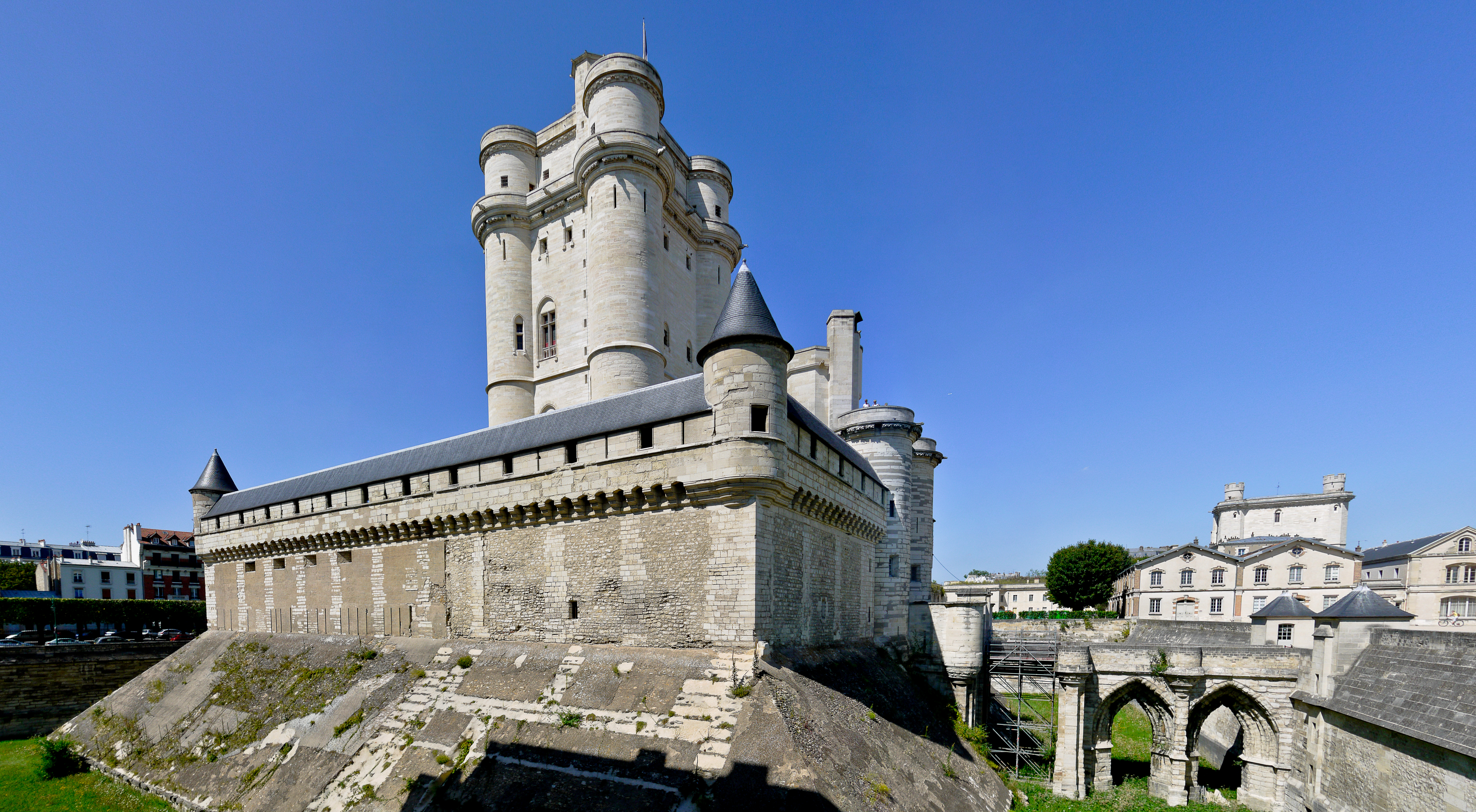 Vincennes - Town in France - Thousand Wonders