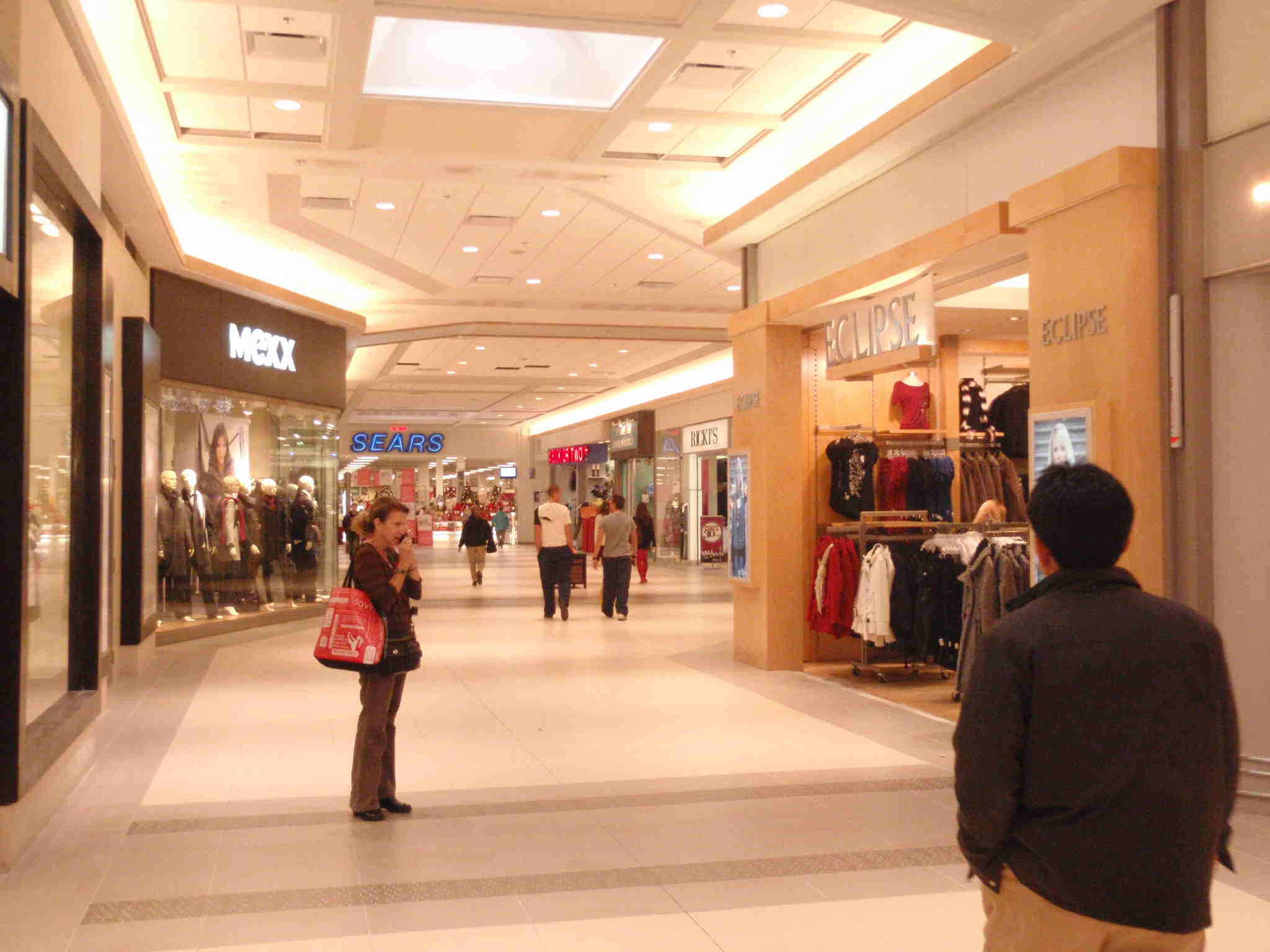 Champlain Place Shopping Mall In Moncton Thousand Wonders