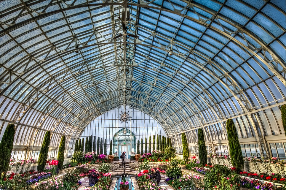 Como Park - Marjorie McNeely Conservatory - Como Park Zoo and Conservatory