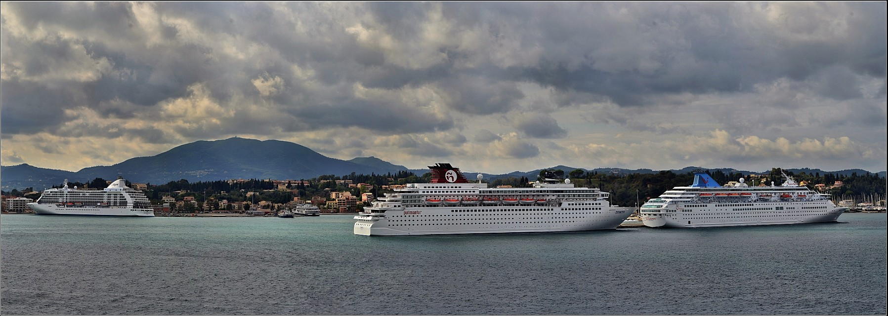 Cruise Ships in Corfu - Corfu