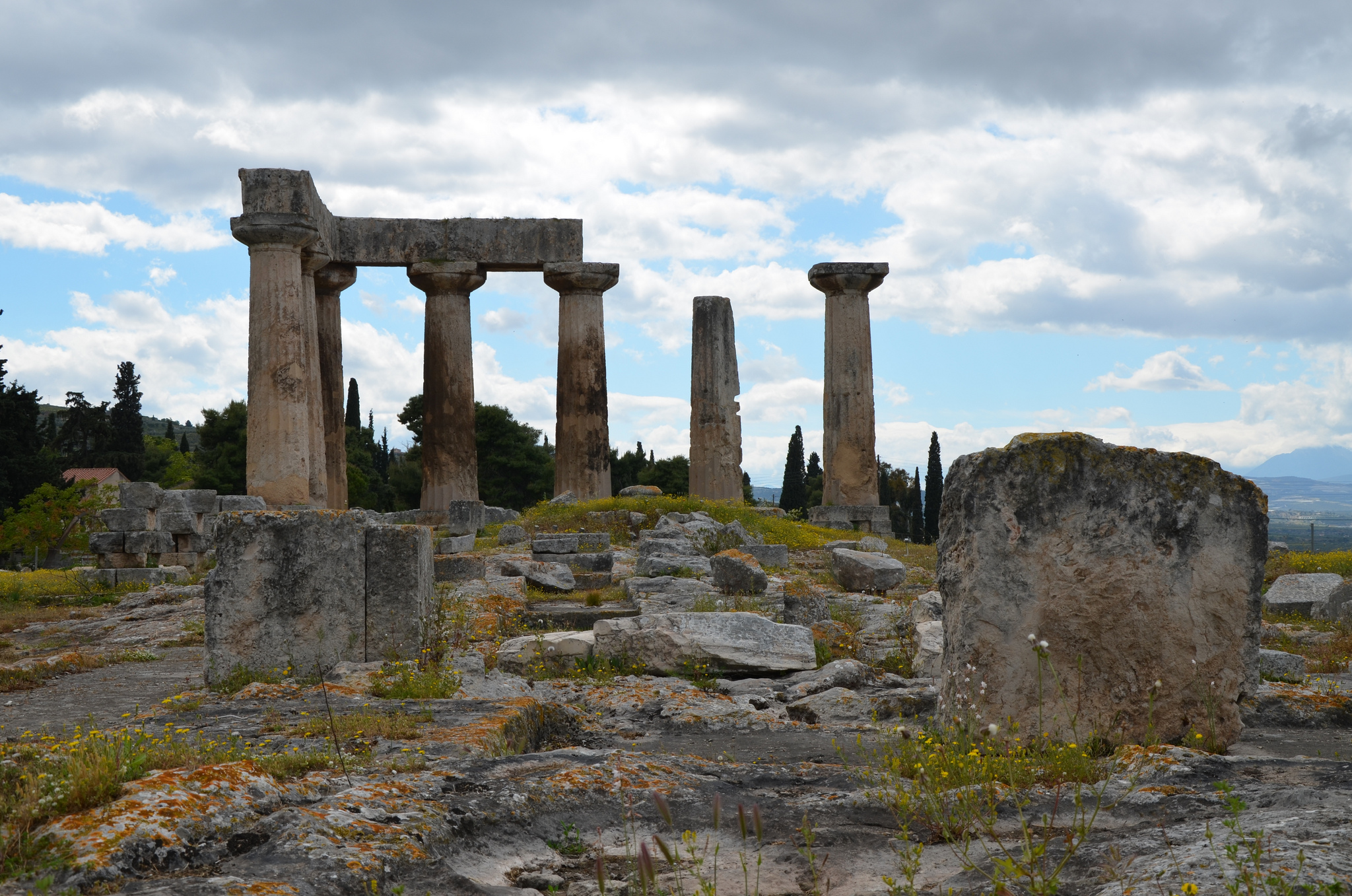 Corinth - Town in Greece - Sightseeing and Landmarks ...