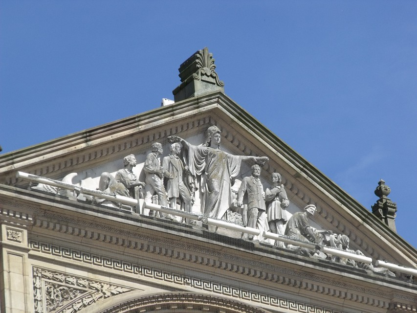 Sculpted figures on top of the Birmingham Council House - Relief - Council House