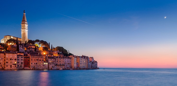 Adriatic Moonrise | Rovinj, Croatia - Croatia