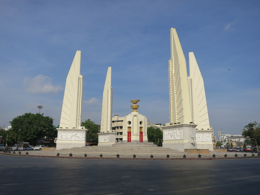 Democracy Monument - Monument in Bangkok - Thousand Wonders