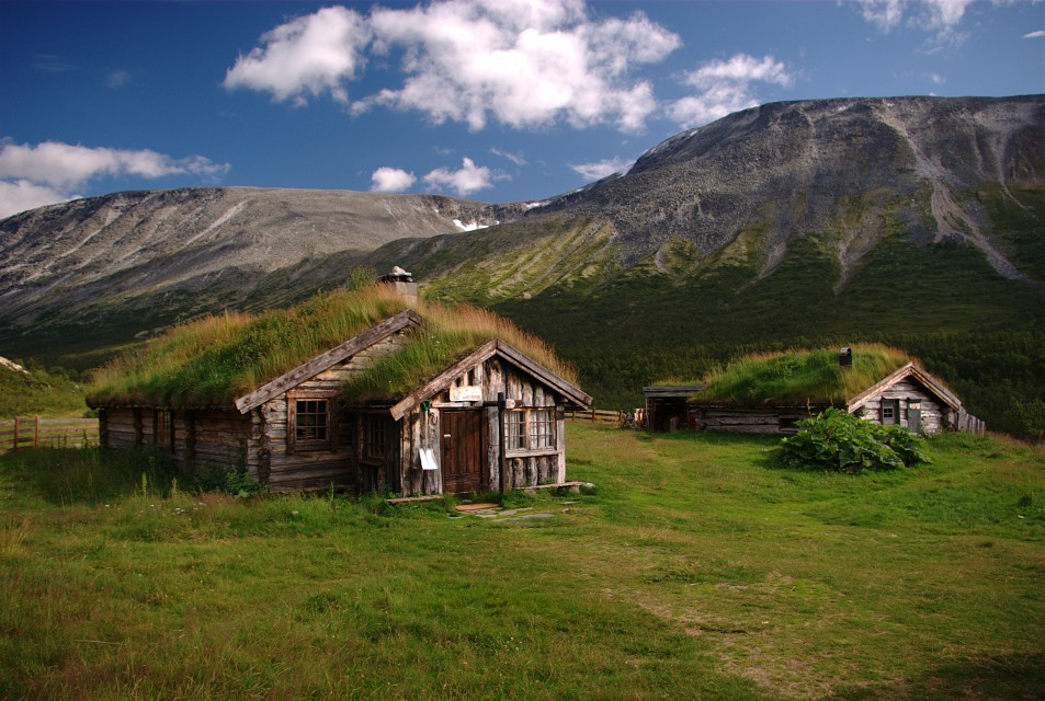 Some of the buildings at Gammelseter - Dovrefjell–Sunndalsfjella National Park