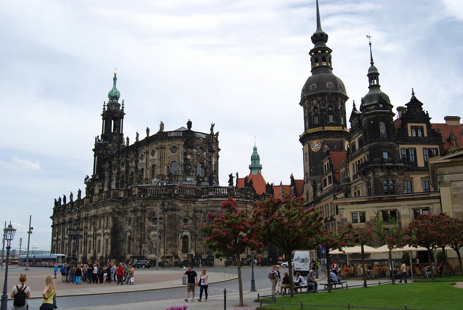 Dresden /view - Dresden Cathedral