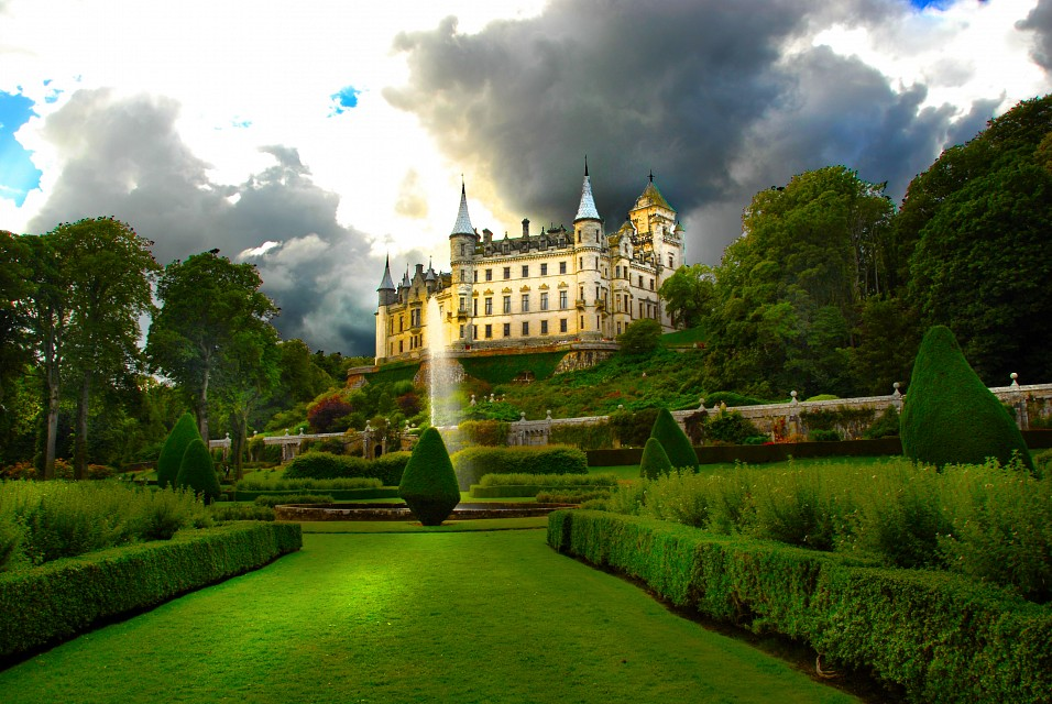 Dunrobin Castle from the Garden - Dunrobin Castle
