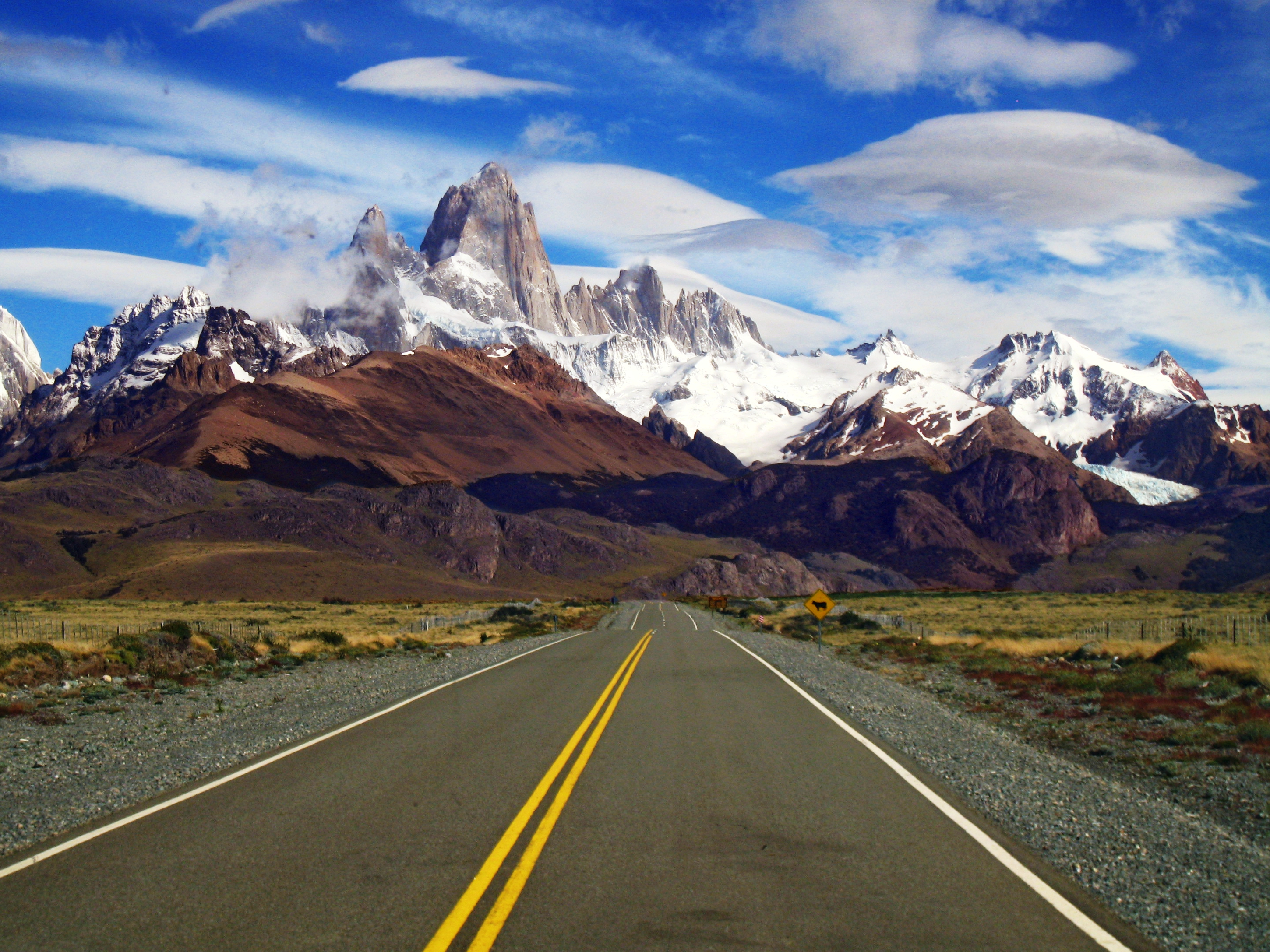 Patagonia Pictures South America >> Fitz Roy - Mountain in Los Glaciares National Park - Thousand Wonders