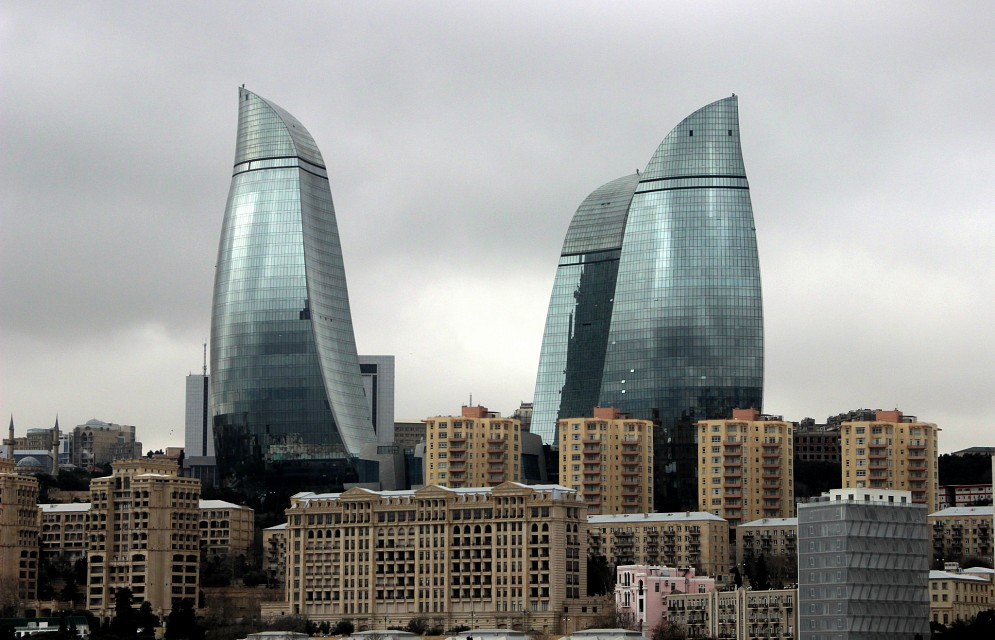 azerbaijan_baku_047 - Flame Towers
