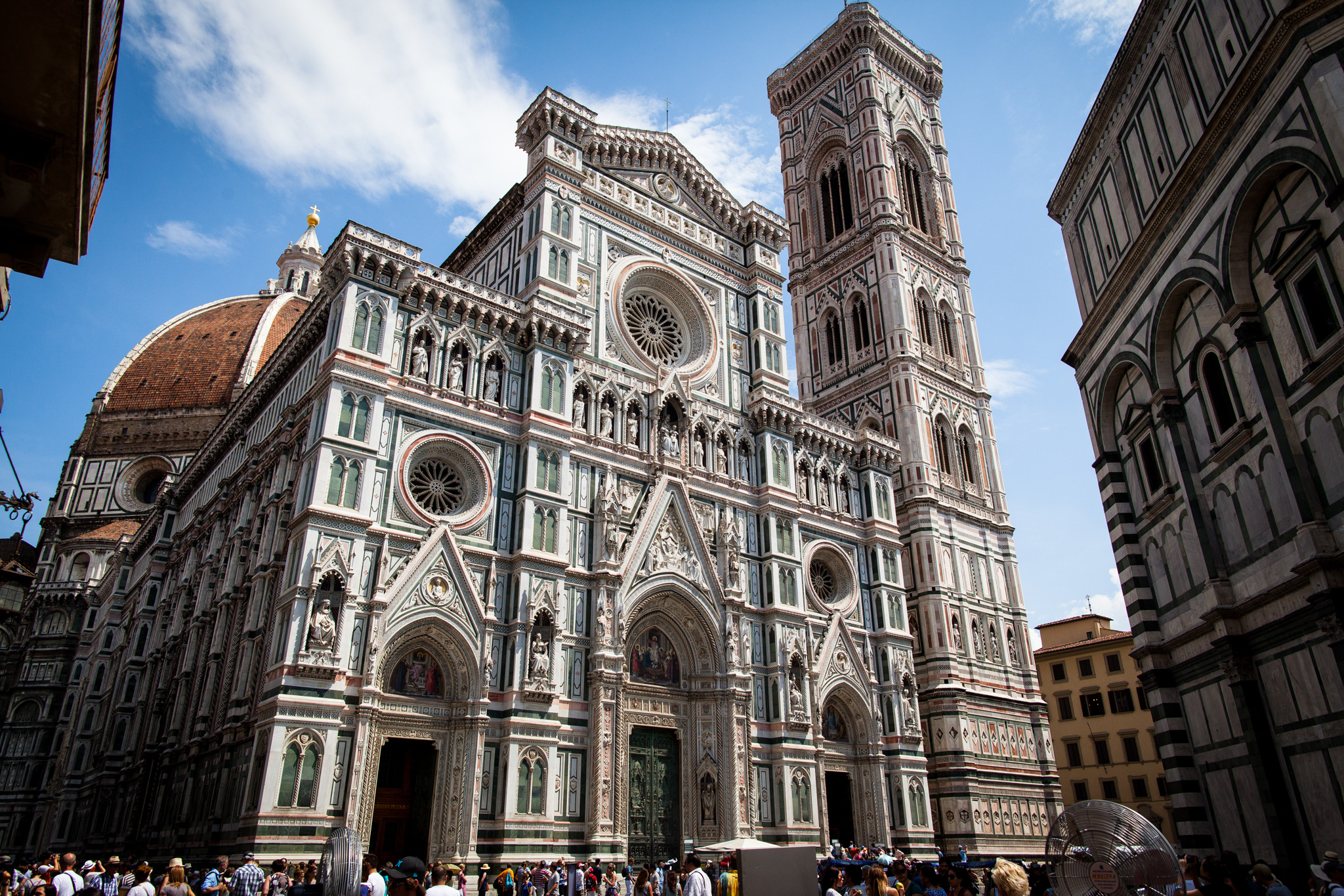 Florence cathedral temple in florence thousand wonders for Domon florence