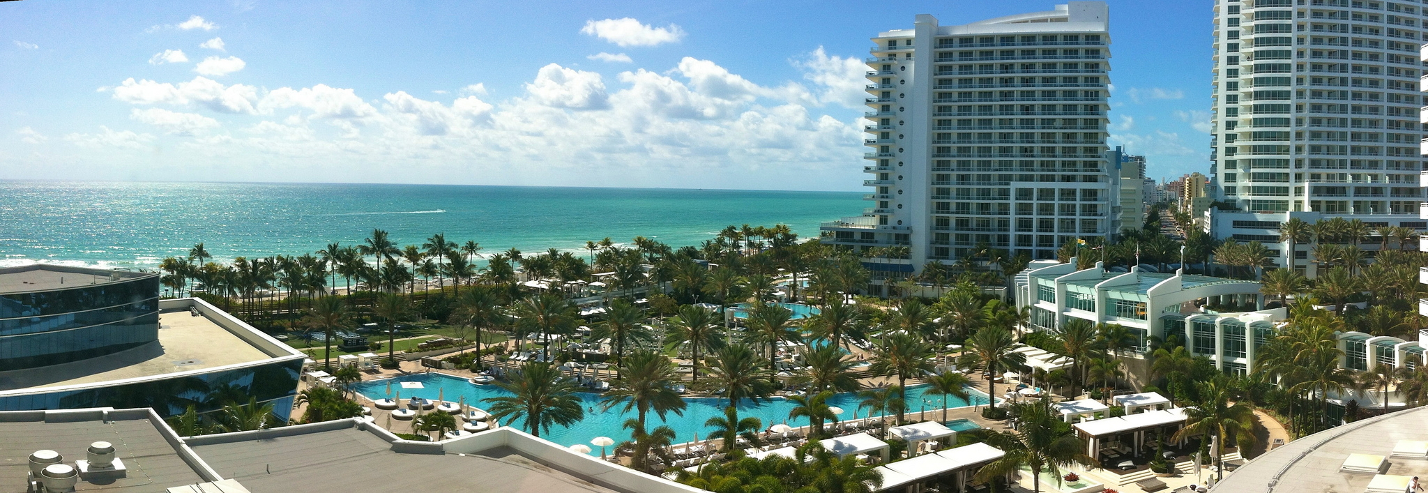 fountainebleau hotel Fontainebleau (also spelled fountainebleau) is a census-designated place (cdp) in miami-dade county, florida, united states the population was 59,764 at the 2010 census.