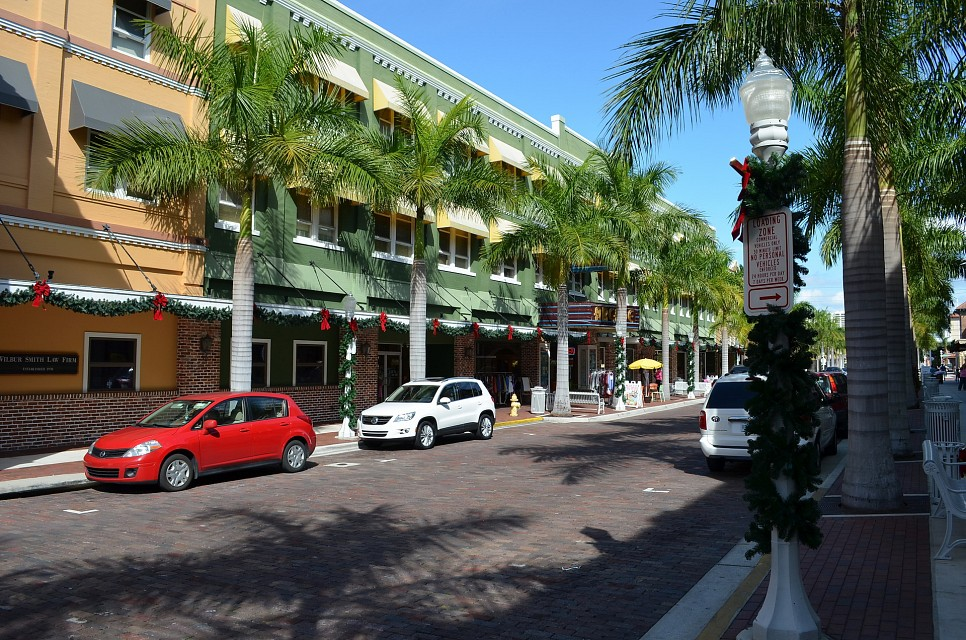 Downtown Fort Myers - Fort Myers