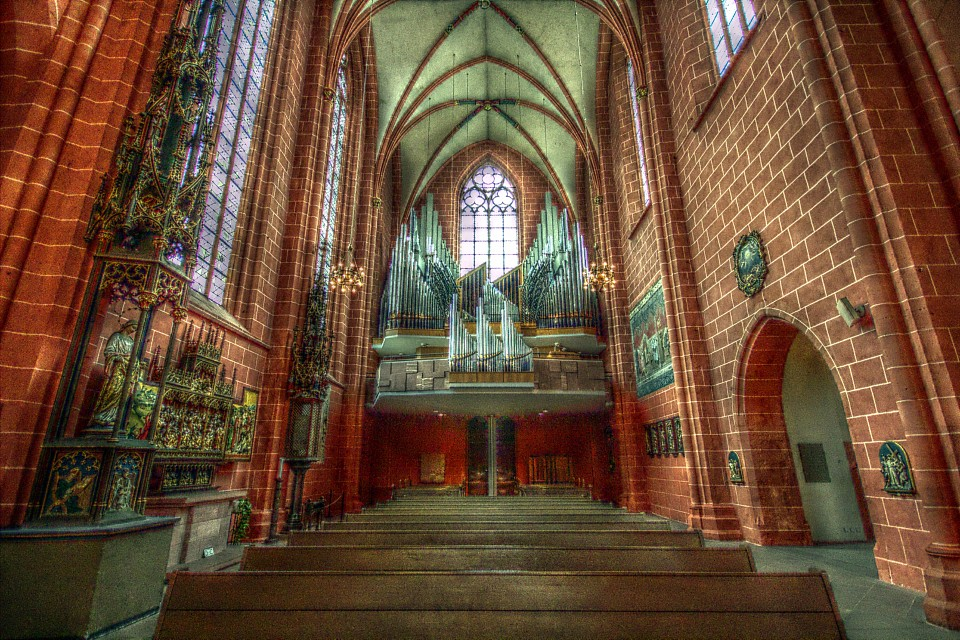 Pipe Organ - Frankfurt Cathedral