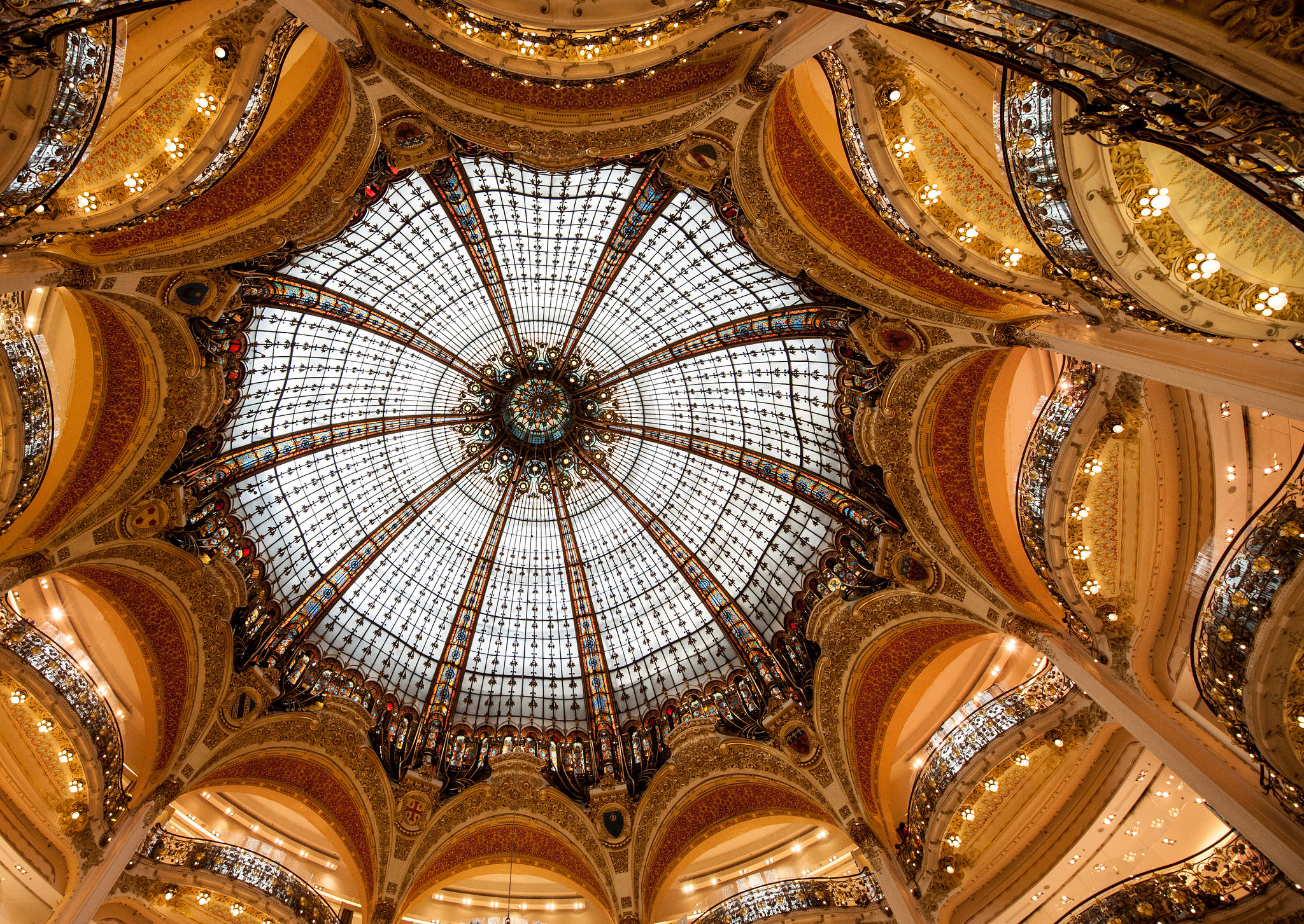 galeries lafayette shopping mall in paris thousand wonders