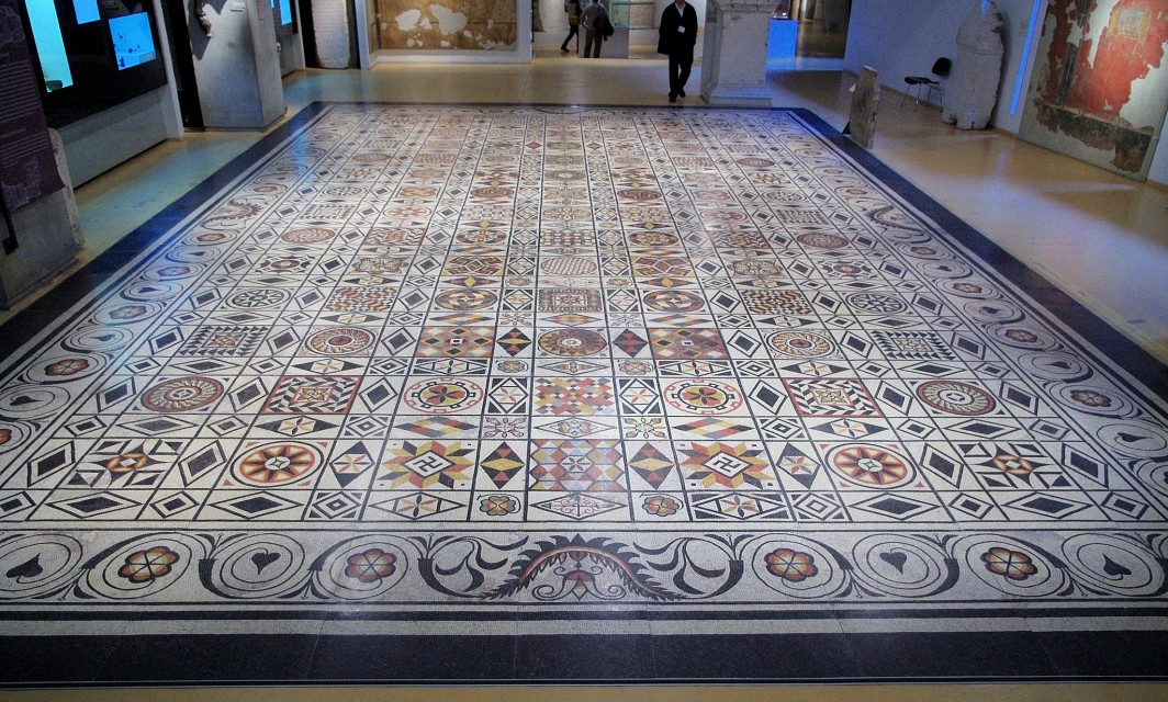 Huge (85 square meter) Roman-era Mosaic in the Gallo-Roman Museum in Lyon - Gallo-Roman Museum of Lyon