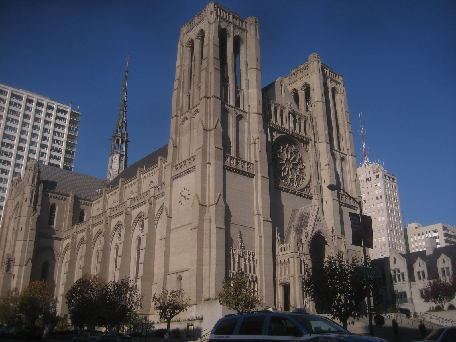 Grace Cathedral - Church in San Francisco - Thousand Wonders