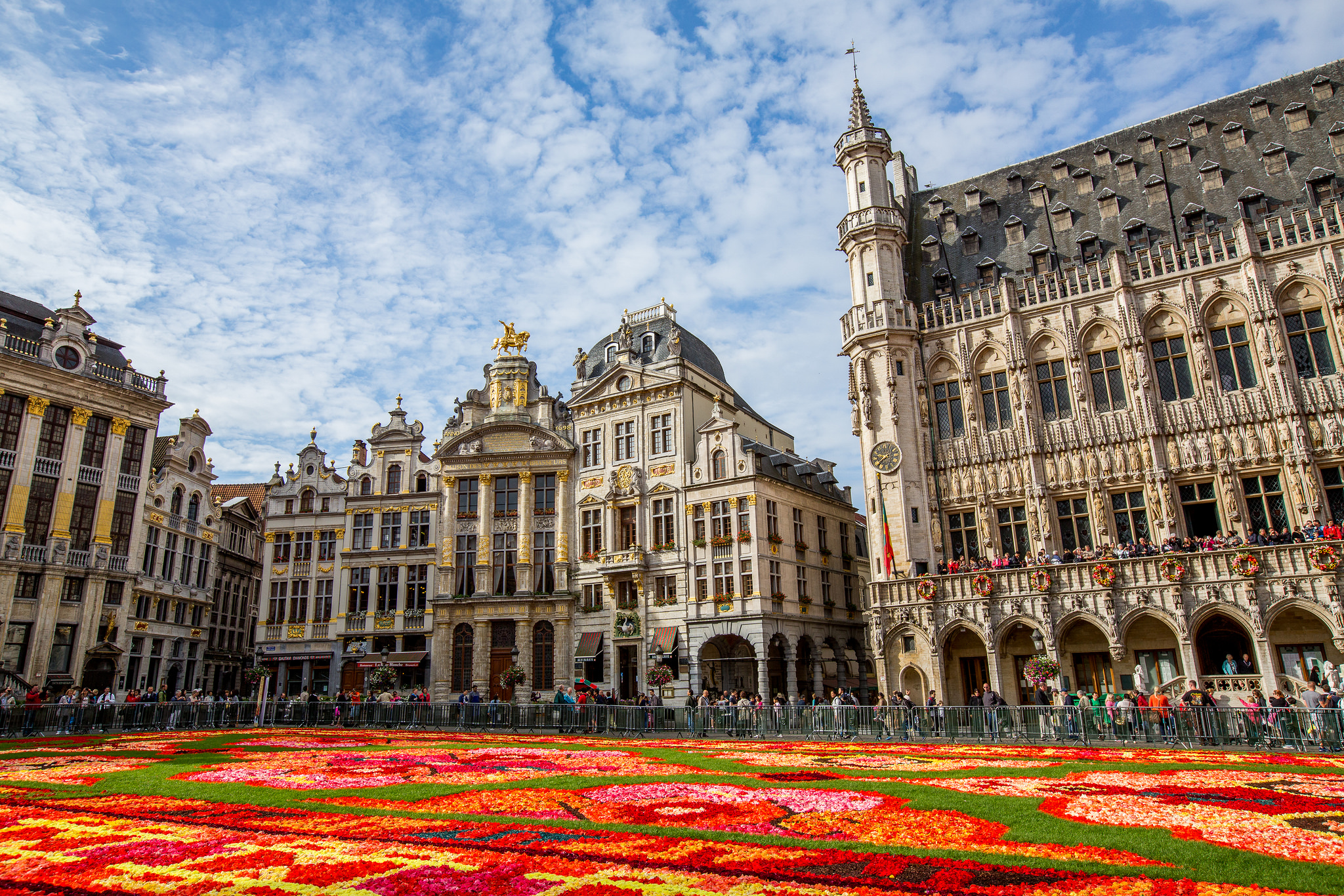 Red Color Meaning Grand Place Plaza In Brussels Thousand Wonders