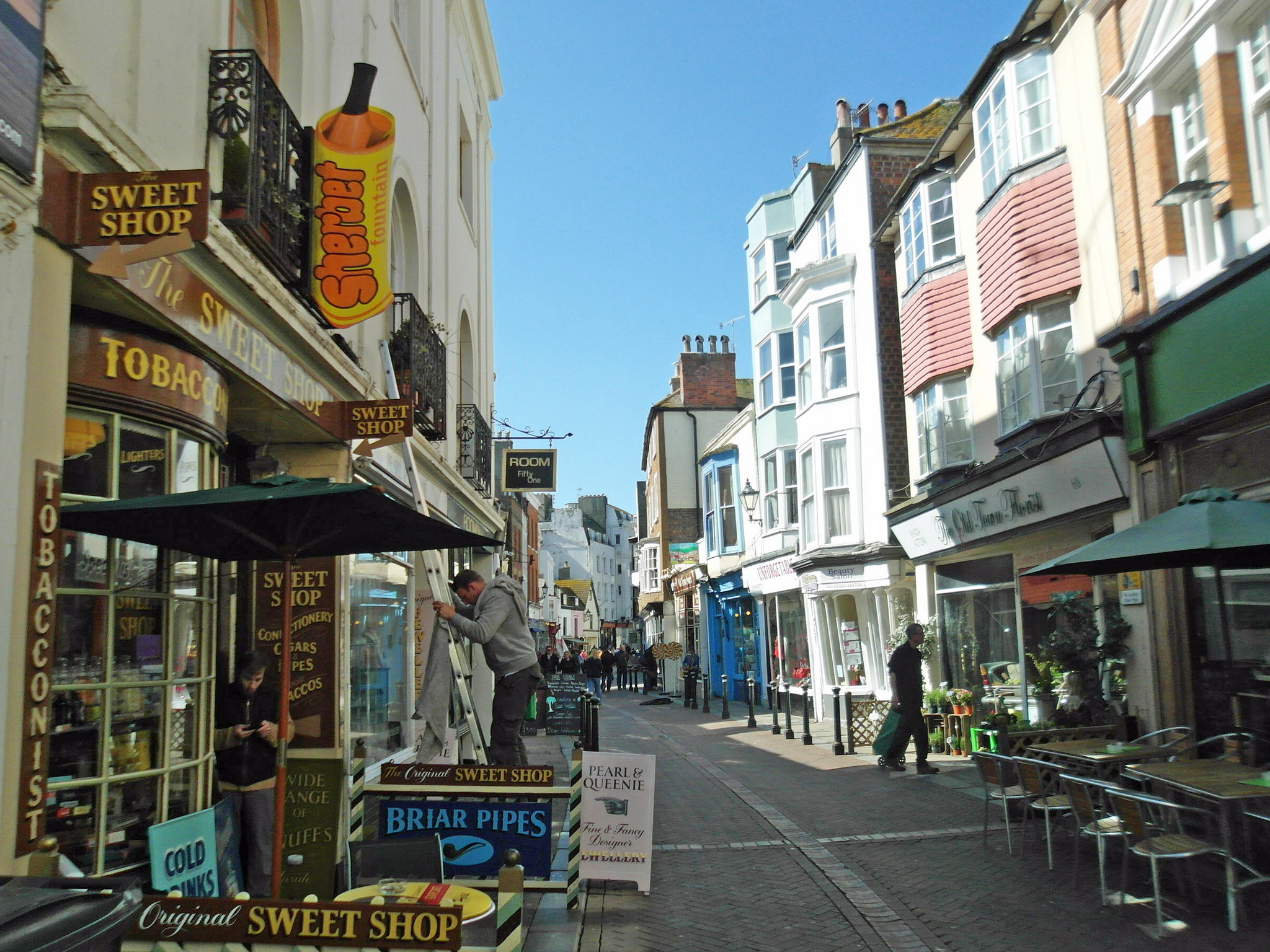 hastings town in england thousand wonders